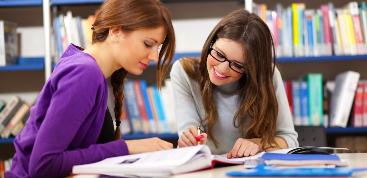 How To Choose The Best IELTS Institute To Score Higher?