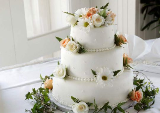 What Are The Benefits Of Online Birthday Cake Delivery Services